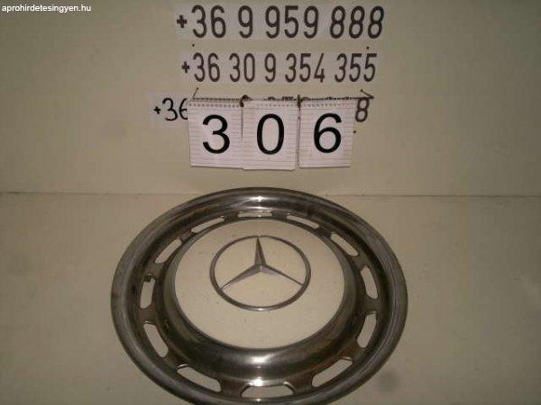 Mercedes állólámpás dísztárcsa