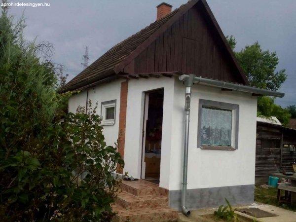 Debrecen  Pacikert utcai  felújított ház eladó!