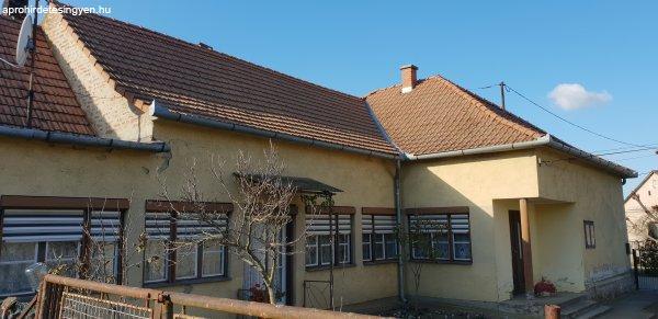 Tótújfalu családi ház eladó