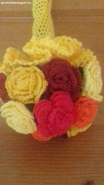 Vegyes színű rózsák horgolva  /új/11 szál