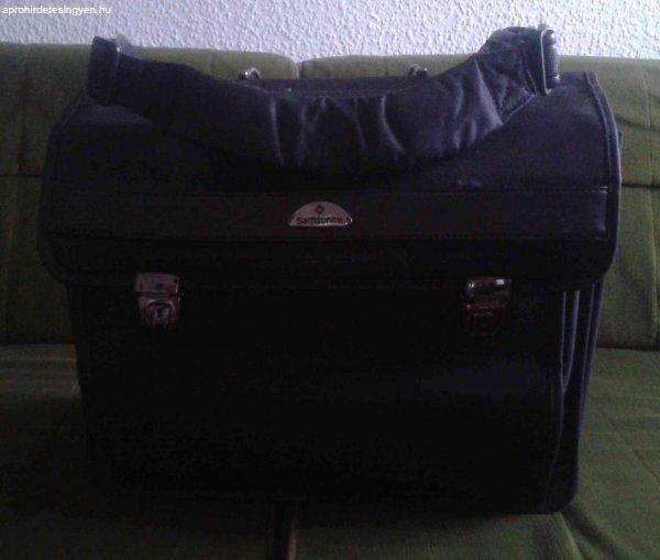 Samsonite (2 notebook-os) táska