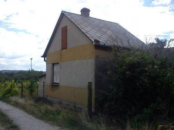 Pécs Fogadó utca 30