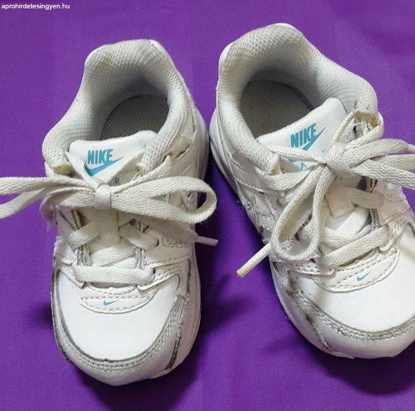 ELADÓ, gyermek 21-es NIKE bőr cipő, 1X volt viselve, belső m