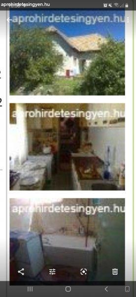 Felújított családi ház eladó