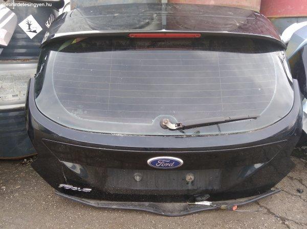 Ford Focus III. csomagtérajtó