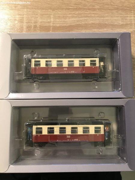 Tillig HOe két peronos vagon