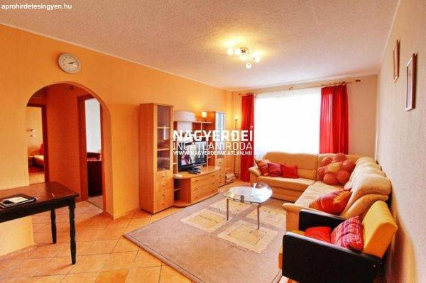 Eladó 71.00m˛ panel lakás, Debrecen