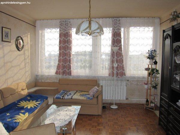 Budapest XIII., 44 m2, 30900000 HUF, 1 szoba, 1 félszoba [66