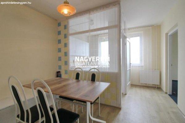 Kiadó 54.00m˛ panel lakás, Debrecen