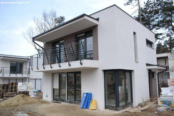 Siófok Aranypartján új építésű családi házak eladók