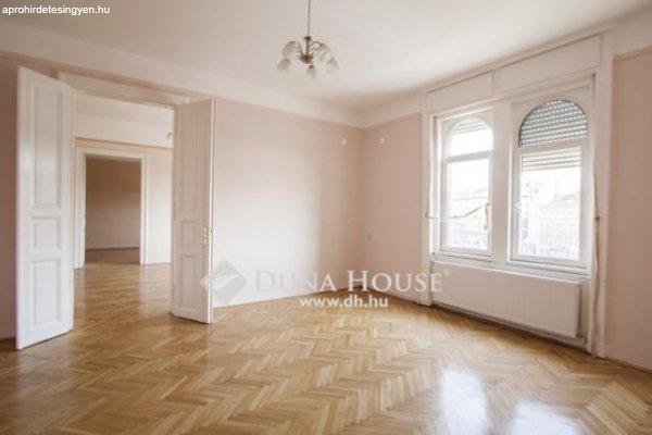 3 szobás + étkező-konyhás, felújított, napfényes - Budapest