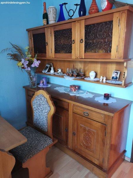 Asztal, szék eladó Jász Nagykun Szolnok megye (új és